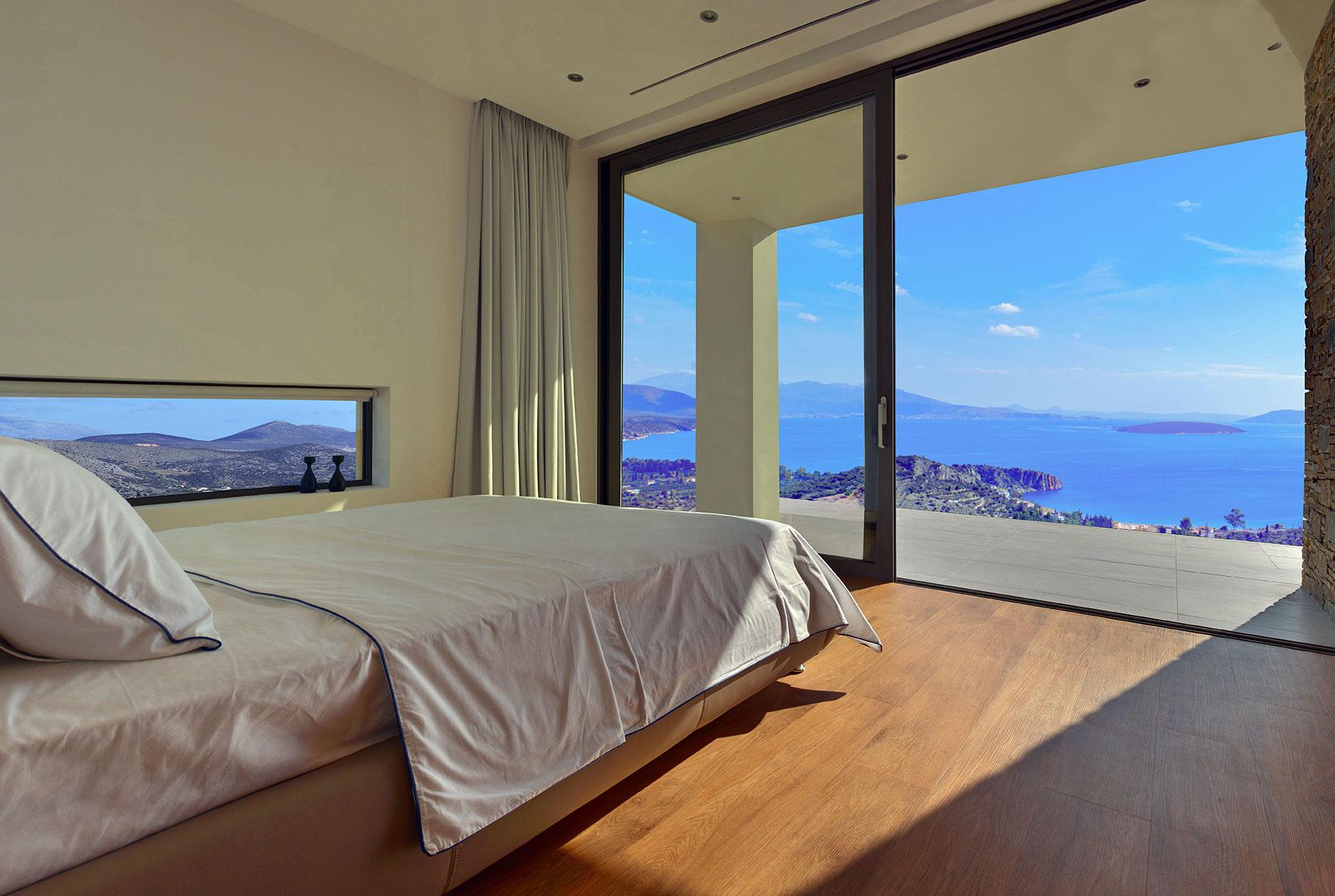 Tolo, master bedroom