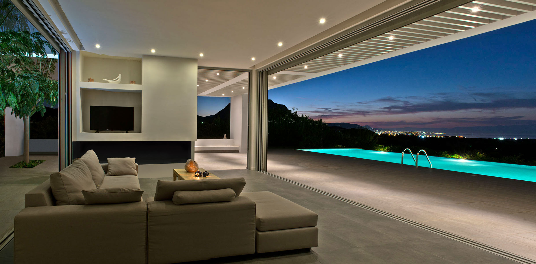 korinthos living room night